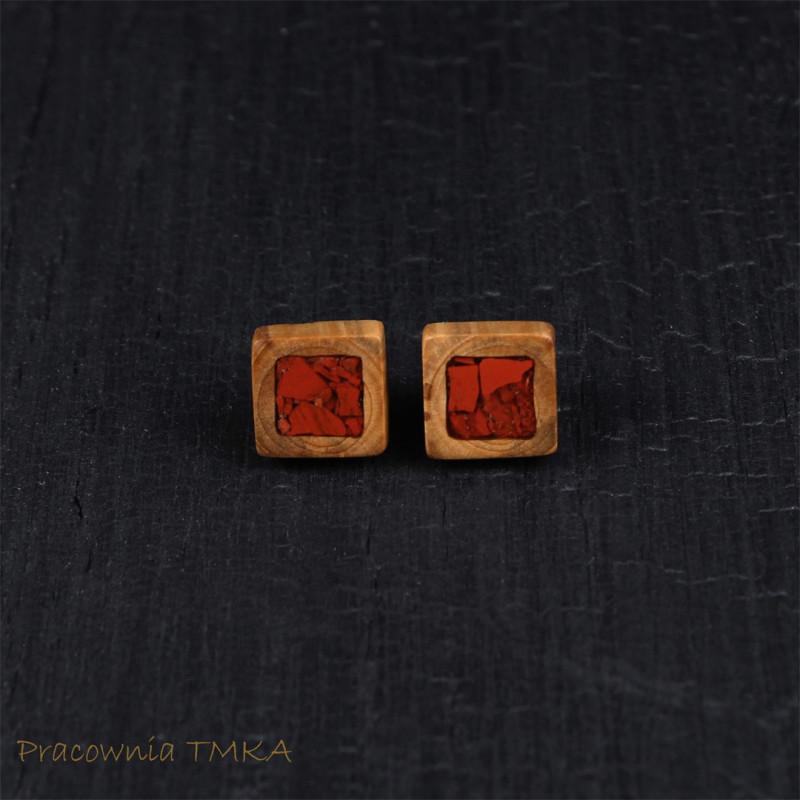 Kolczyki z drewna jabłoni z czerwonym jaspisem